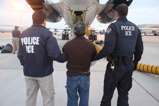 immigration attorney deport criminal mobile alabama lawyer