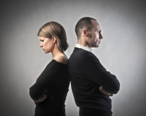 what is the difference between acontested and uncontested divorce
